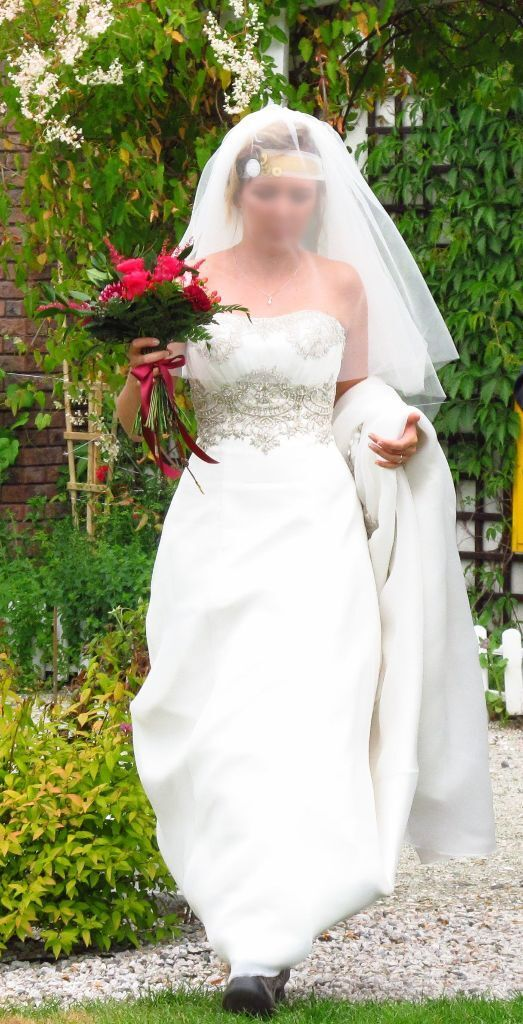 Ivory wedding dress size 10 buy sale and trade ads for Where to get my wedding dress cleaned