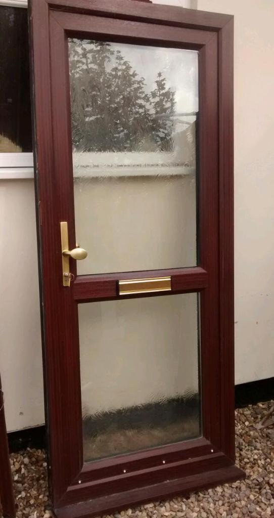 High Quality Double Glazed Wood Grain Effect Front Door United Kingdom G