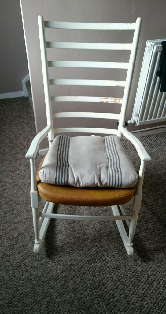 Rocking chair united kingdom gumtree for Furniture gumtree