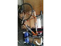 Cannondale r700 road bike