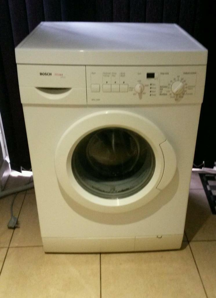 bosch maxx plus washing machine bosch maxx plus washing machine in great condition and working. Black Bedroom Furniture Sets. Home Design Ideas