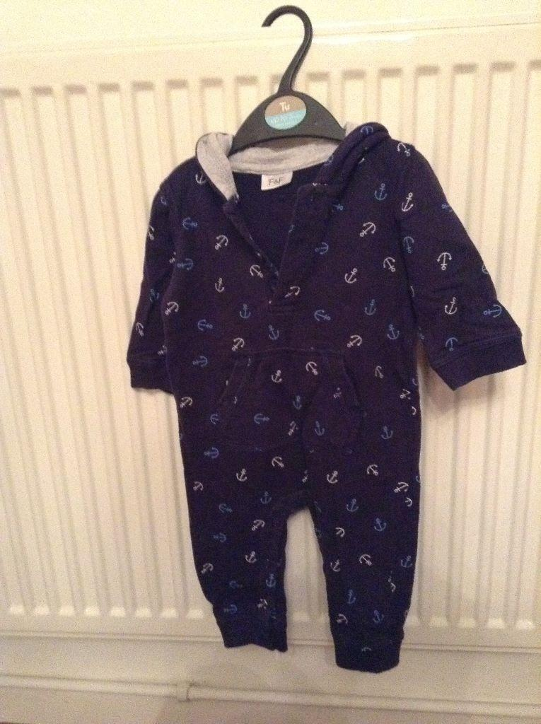 Tesco baby clothes. loumg Posted 10/03/ Has anyone used tesco's own baby clothing before? Next for this one as they have fold over mitts which is great for a newborn and I bought loads of stuff from the next sale! So a vote for tesco's/asda from me! Reply. .