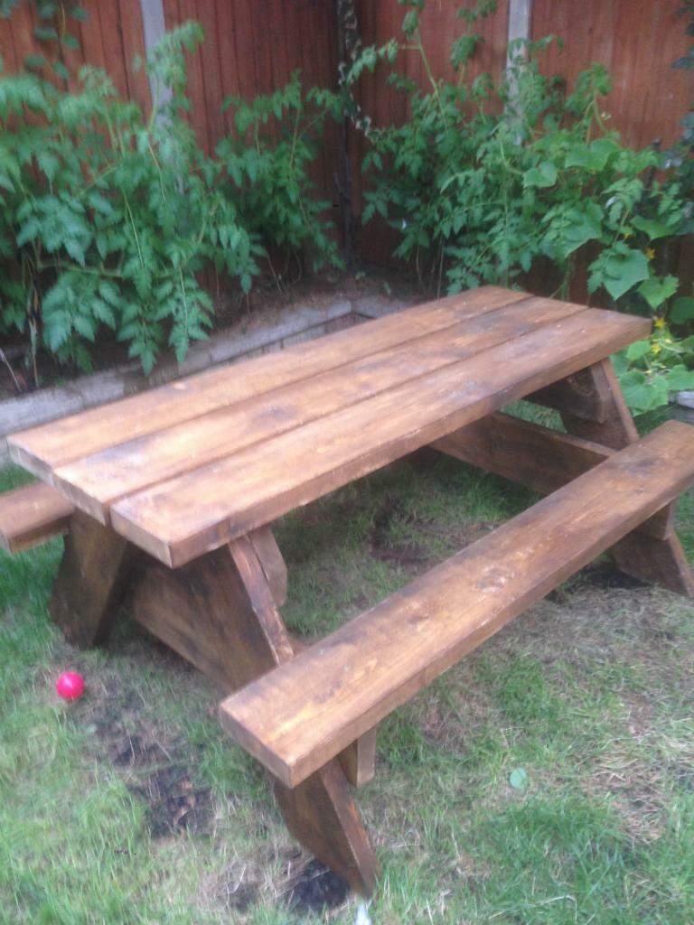 Garden pub style table with benches indoor outdoor for Outdoor furniture gumtree