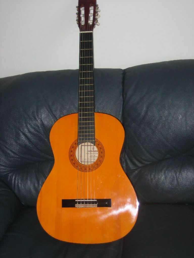 classical guitar perfect for buy sale and trade ads. Black Bedroom Furniture Sets. Home Design Ideas