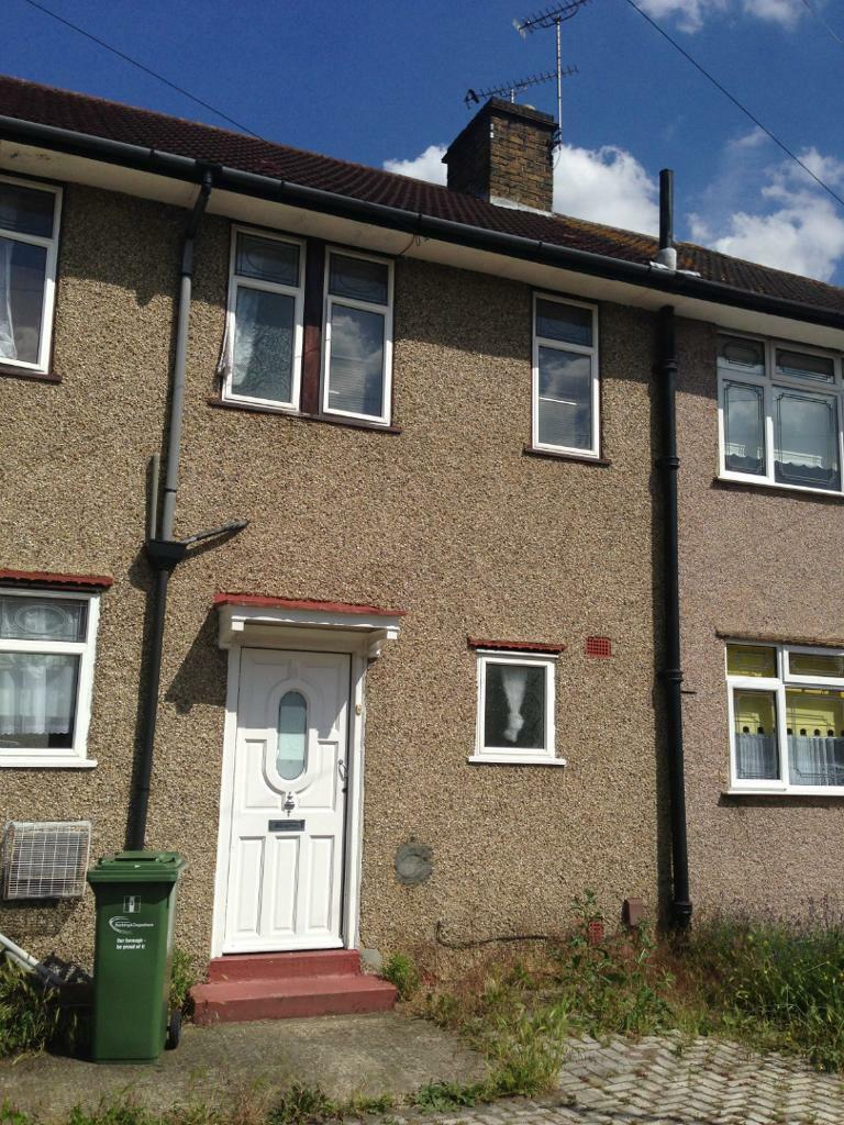 A LOVELY THREE BED HOUSE TO RENT IN DAGENHAM United Kingdom Gumtree