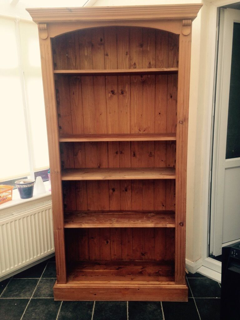 Solid oak bookcase with 2 buy sale and trade ads for Furniture kingdom benfleet