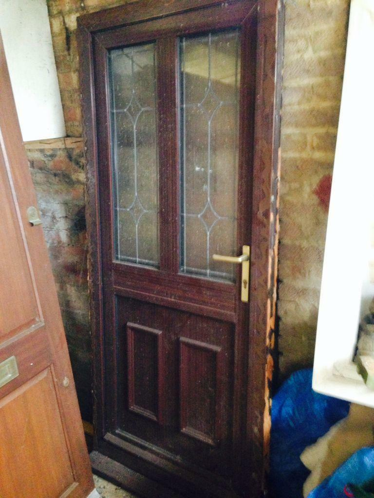 Brown upvc front door used collection from leagrave for Brown upvc door