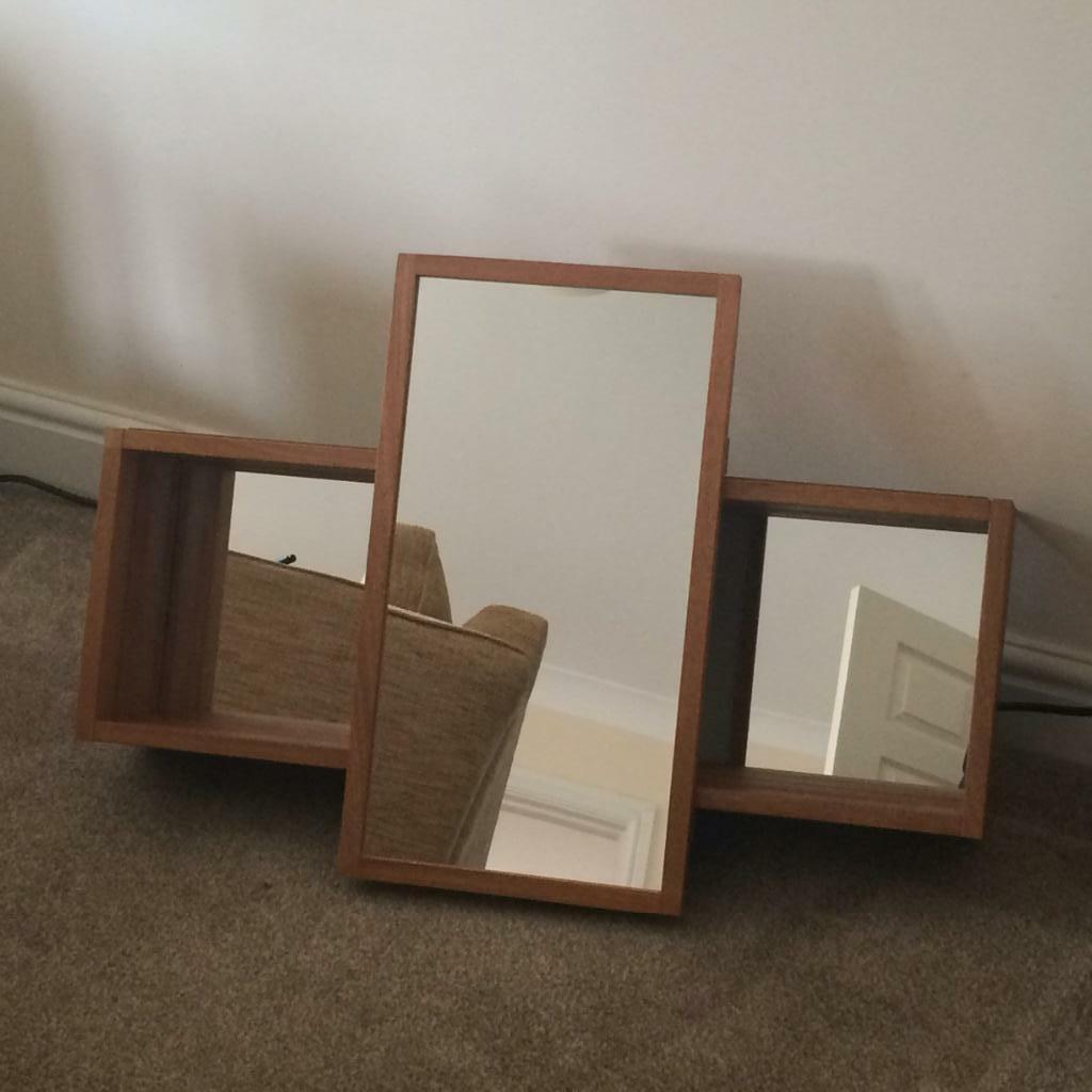 Bathroom cabinet with sliding mirror mirror behind for Bathroom cabinets gumtree