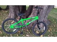 """kids 18"""" bike in a very good condition. hardy used."""