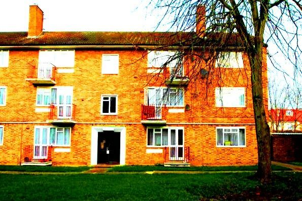 HAYES MIDDLESEX LUXURY 2 BEDROOM APARTMENT FOR RENT IN HAYES MIDDLESEX
