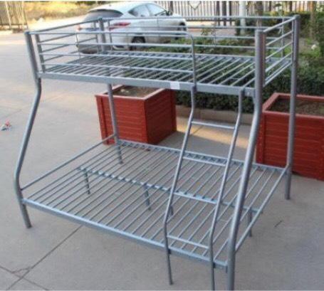 Triple bunk bed united kingdom gumtree for Gumtree bunk beds