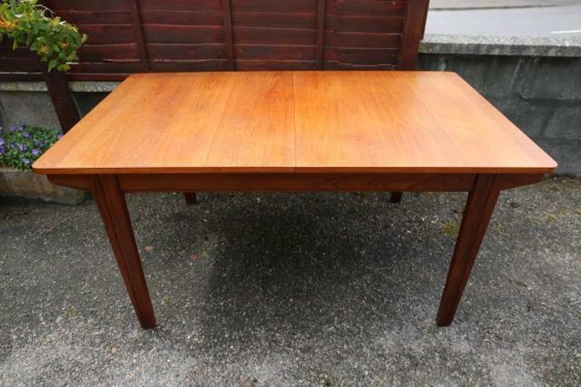 Dining table united kingdom gumtree for Dining room tables on gumtree
