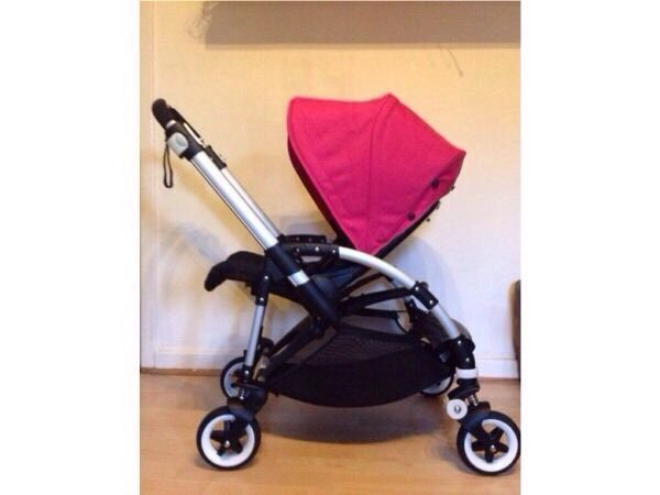excellent condition bugaboo bee plus 2013 2 button fold. Black Bedroom Furniture Sets. Home Design Ideas