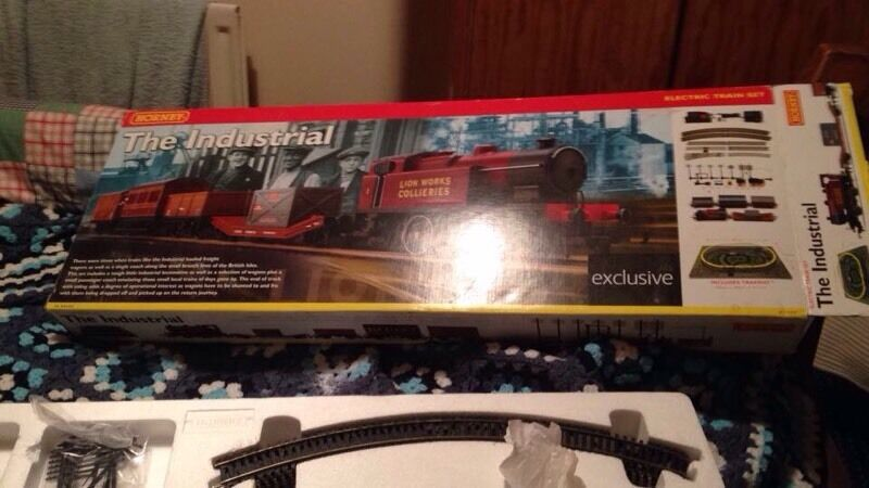 Used hornby train sets, ho ez track bachmann, model railroad