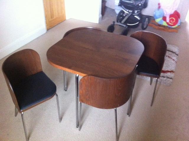 Ikea compact fusion dining table and chairs very good for Good dining table sets