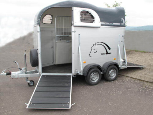pferdeanh nger mieten 2 er frontausstieg 100km h in rheinland pfalz bad neuenahr ahrweiler. Black Bedroom Furniture Sets. Home Design Ideas