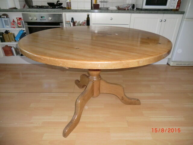 Circular pine dining table United Kingdom Gumtree : 86 from gumtree.com size 640 x 480 jpeg 37kB