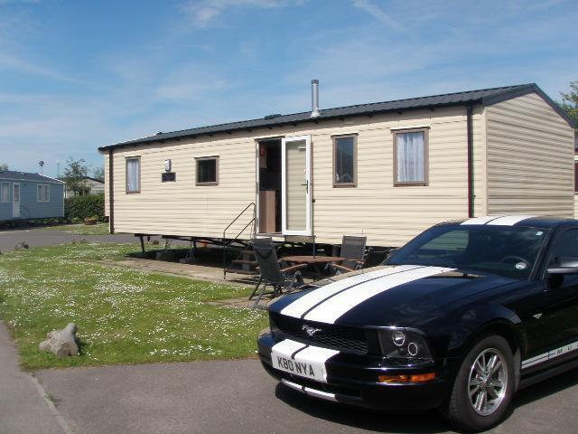 Unique Static Caravan Hastings Sussex 2 Bedrooms 6 Berth Willerby Vogue 2004