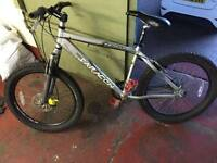 saracen 24 speed mountain bike