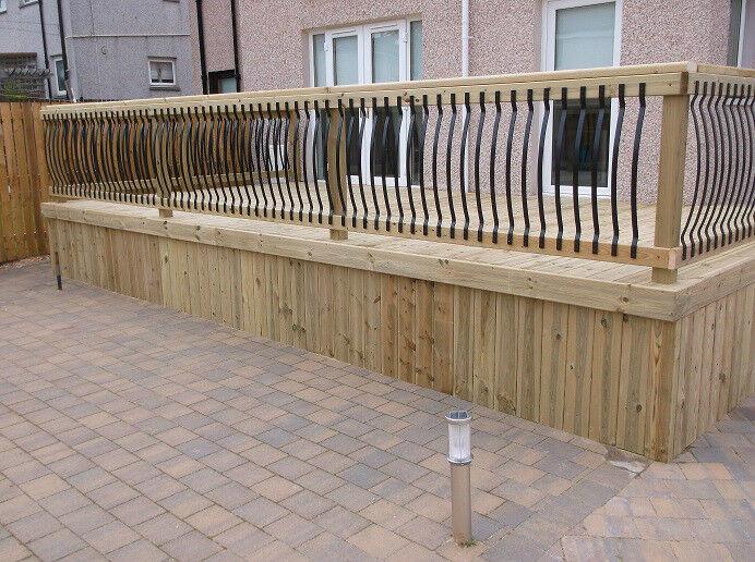 Decking design landscape gardeners garden drainage patio 39 s for Decking at end of garden