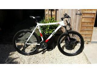 Diomandback mountain bike