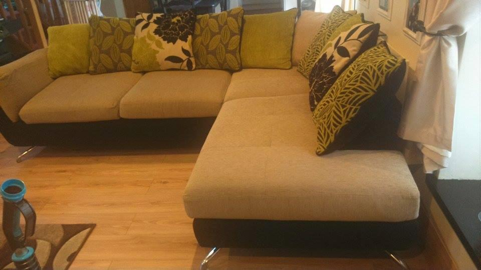 brown and cream large corner sofa buy sale and trade ads. Black Bedroom Furniture Sets. Home Design Ideas