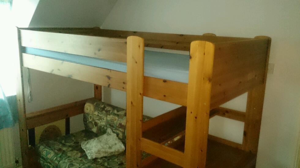 Bunk bed with a desk and double sofa bed united kingdom for Gumtree bunk beds
