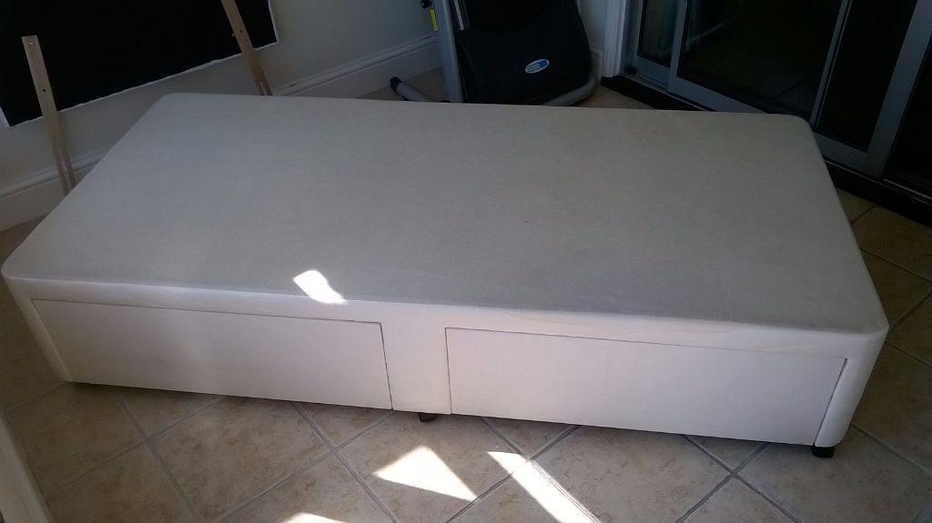 Romford for Cream single divan bed
