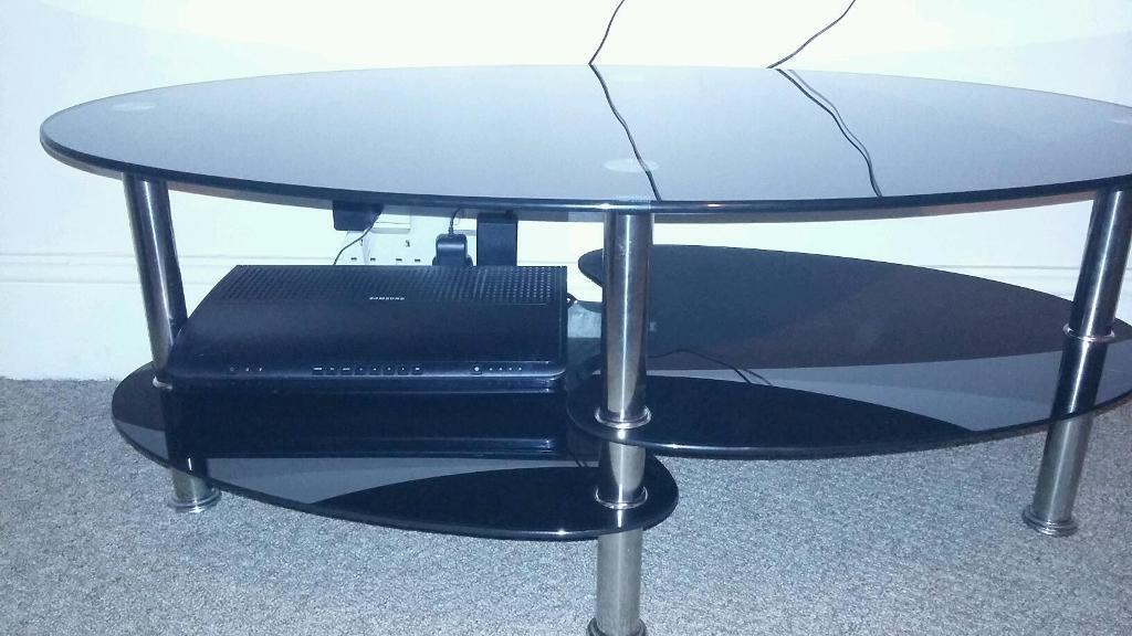 Black glass coffee table united kingdom gumtree for Coffee tables gumtree