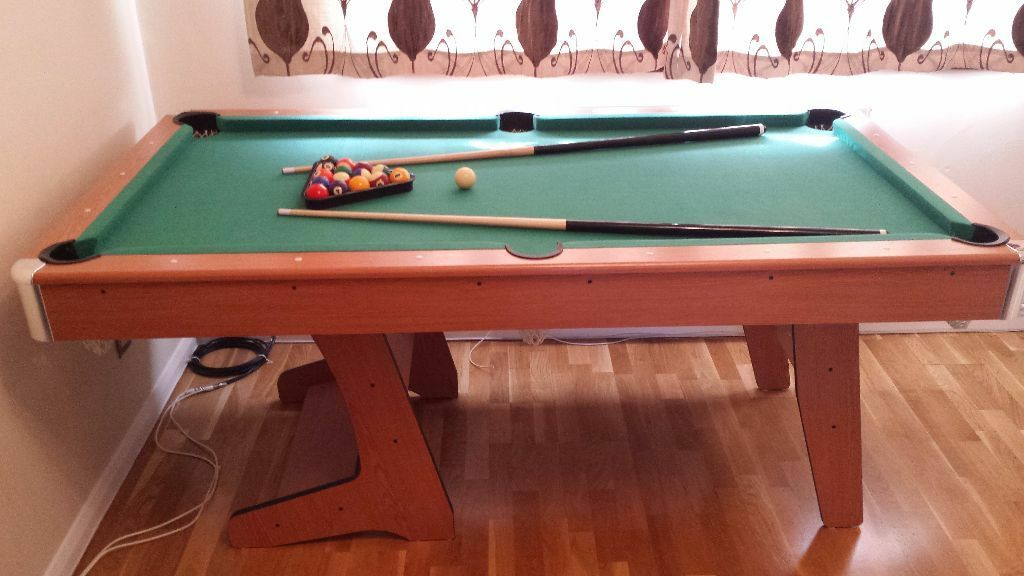 6 ft Pub Style Folding Pool