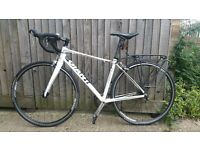 GIANT Defy 4 road bike 52cm good condition good working order plus the accessories BARGAIN