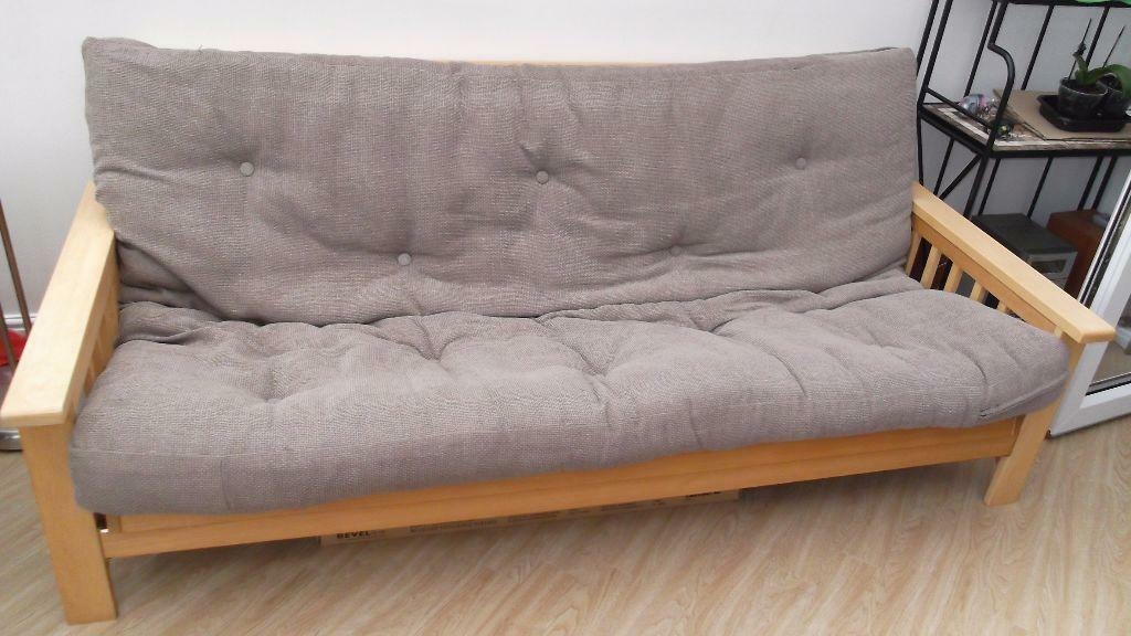 Three piece suite sofa converts into double bed united for Sofa bed 3 piece suite