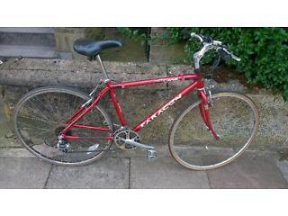 Saracen Ladies/unisex aluminium frame bike