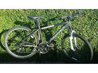 Ridgeback MX3 teenage boy / adult mountain bike in good mechanical condition
