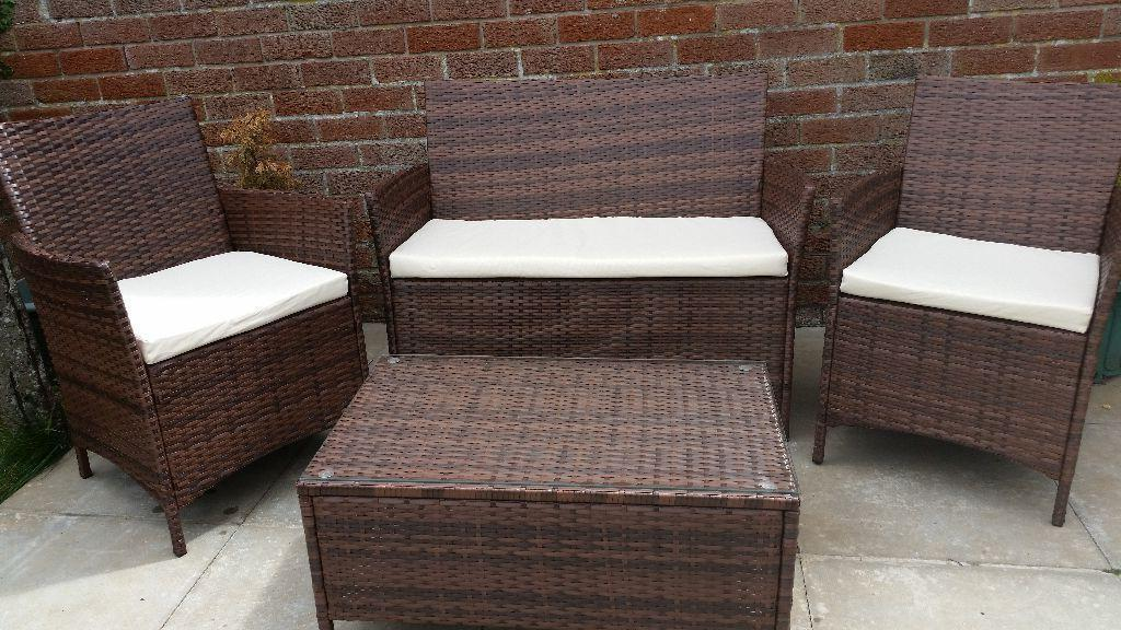 Garden furniture united kingdom gumtree for Outdoor furniture gumtree