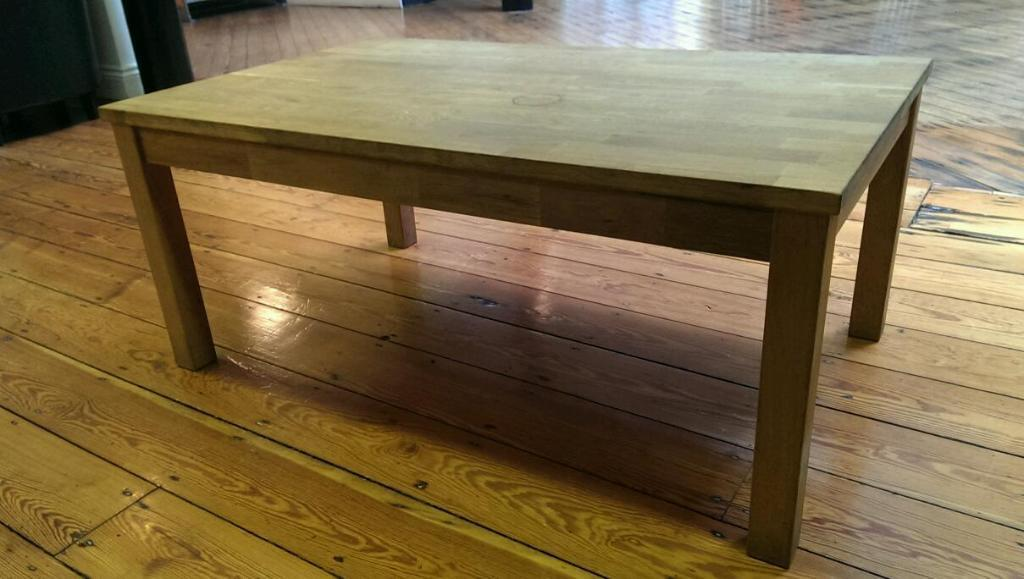 Solid wood coffee table united kingdom gumtree for Coffee tables gumtree