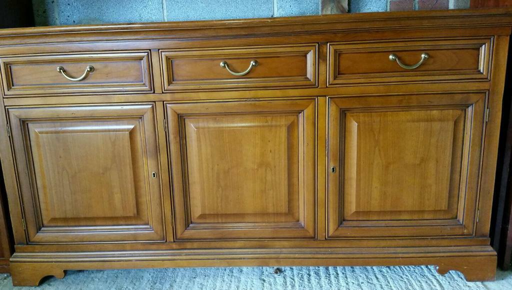 Solid cherry wood sideboard for Buy sale and trade ads : 86 from dealry.co.uk size 1024 x 580 jpeg 97kB
