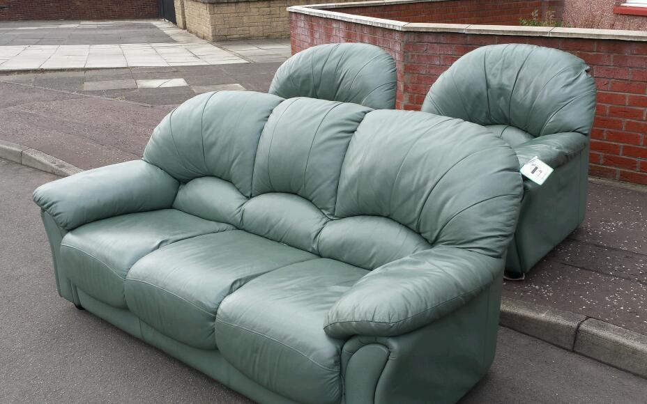 Green Leather Sofa 3 X 1 X1 Free Delivery Green Leather