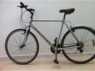 RIDGEBACK COMET ADULTS BICYCLE FOR SALE.
