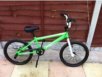 BMX BIKE GREEN BIKE SMETHWICK £30