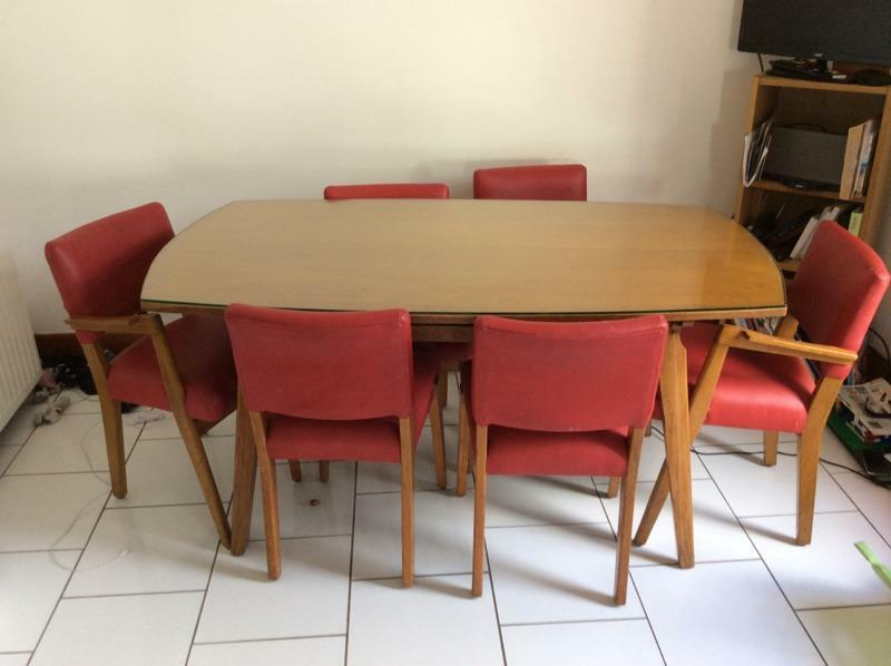 solid wood dining table circa 1980 39 s with 6 leather seats