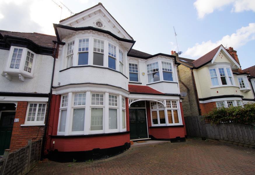 5 Bedroom House In HOLMWOOD GARDENS FINCHLEY N3F United Kingdom Gumtree