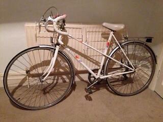 Raleigh Candice Ladies Road bike