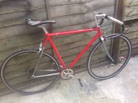 SINGLE SPEED ROAD RACER BIKE 700C WHEELS £115