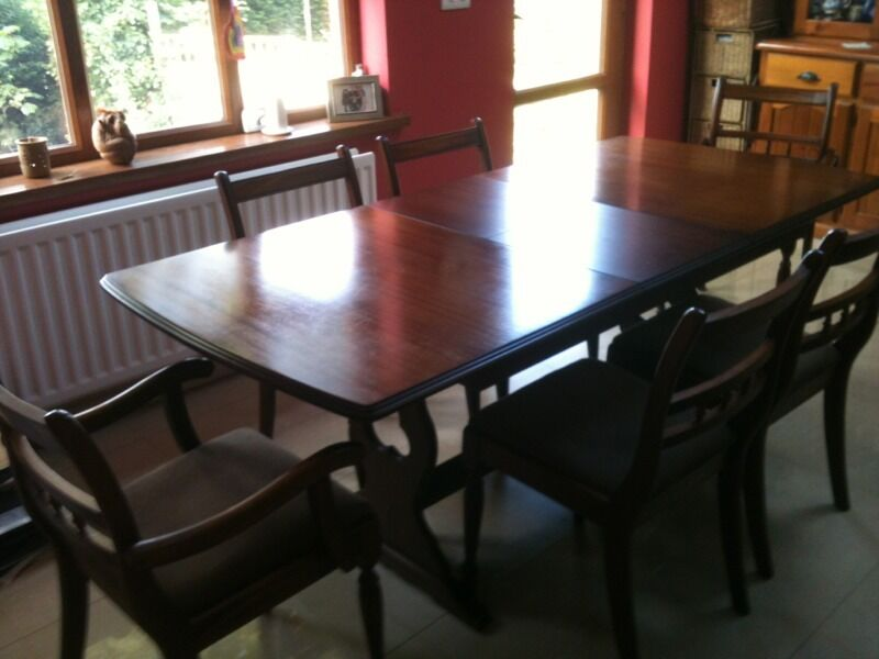 Quality mahogany seater dining suite table chairs