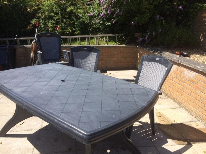 Contact terry for Outdoor furniture gumtree