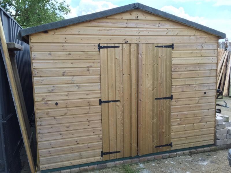 Solid wooden workshop shed united kingdom gumtree for Garden shed essex