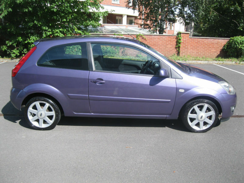 Ford Fiesta 1 25 2007 25my Zetec Purple Blue Low Mileage