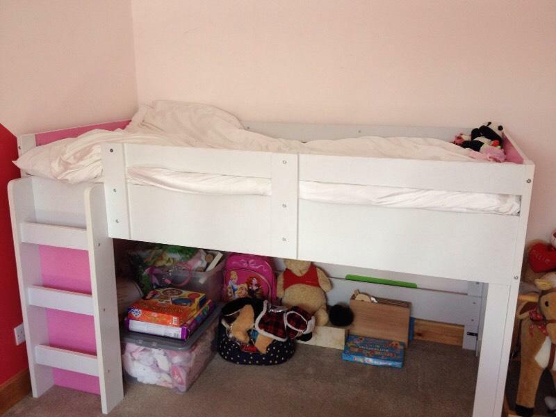 Girls cabin bed united kingdom gumtree for Gumtree bunk beds