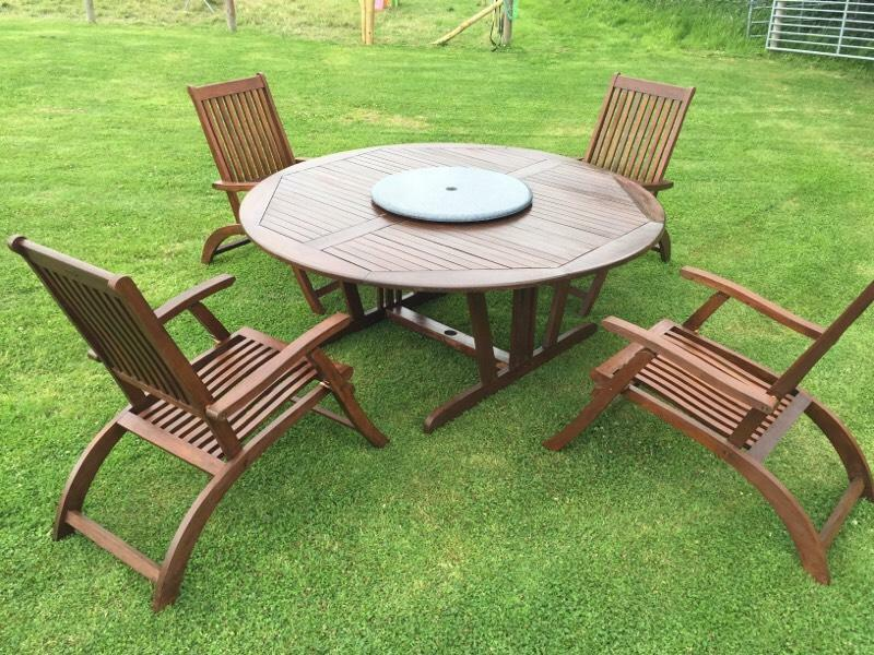 Patio table and chairs recliner chairs united kingdom for Furniture gumtree